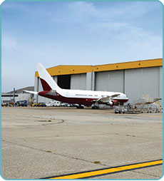 airborne express harvard business case essay Airborne express the current underdog in the express mail business has been  able to compete with market leaders due to innovation and optimization.